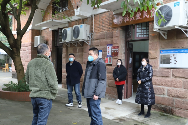 镜头丨抗疫在前,监督同行,龙泉驿纪检监察人在行动